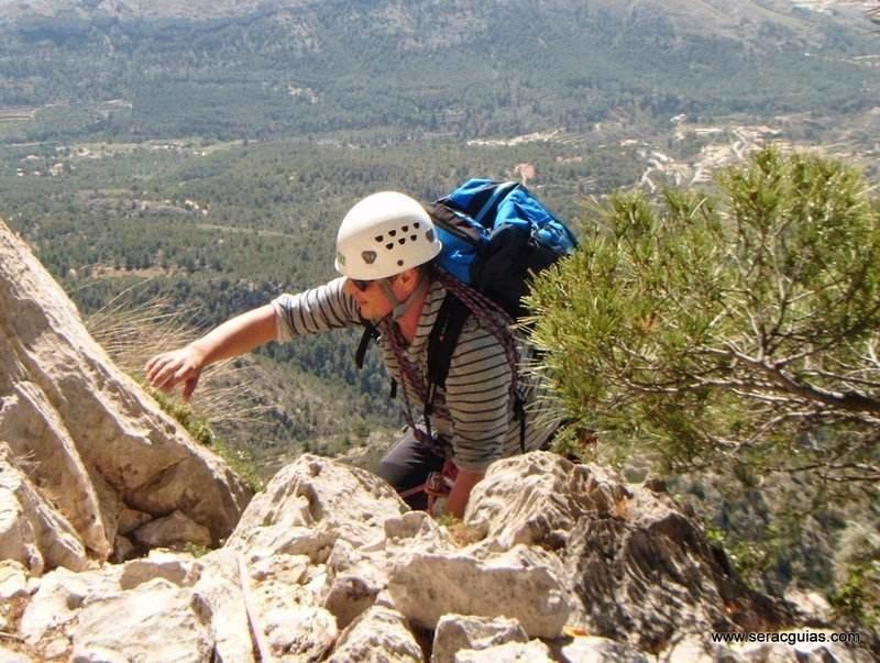 escalada Puig Campana 3 SERAC COMPAÑÍA DE GUÍAS