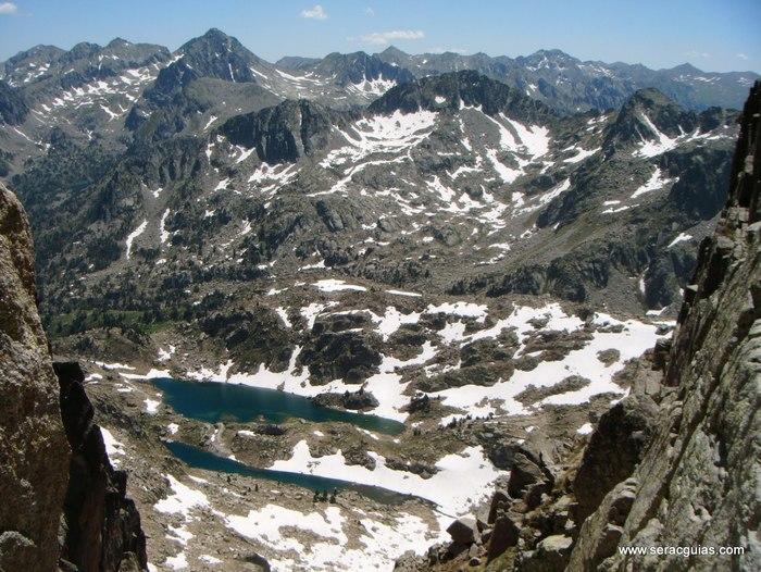 Cresta Amitges Saboredo Sageta Aiguestortes Pirineo 15 SERAC COMPAÑÍA DE GUÍAS