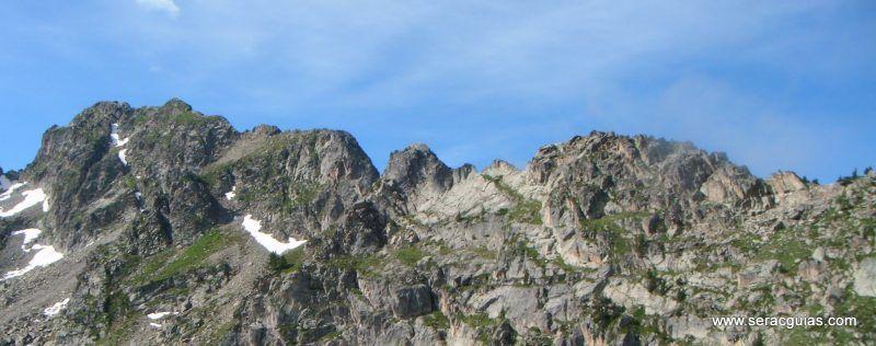 escalada cresta arista hautes pyrenees pirineo 9 SERAC COMPAÑÍA DE GUÍAS