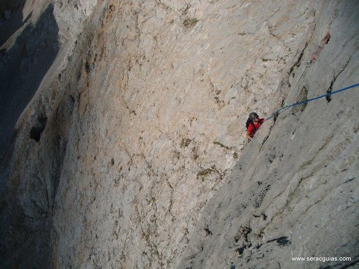 escalada arista cresta picos de europa 9 SERAC COMPAÑÍA DE GUÍAS