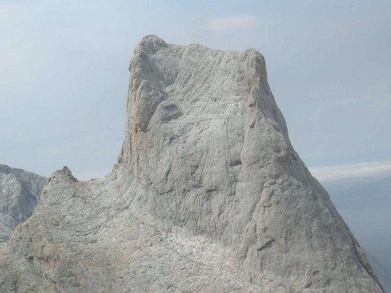 cara sur naranjo de bulnes picos de europa SERAC COMPAÑÍA DE GUÍAS