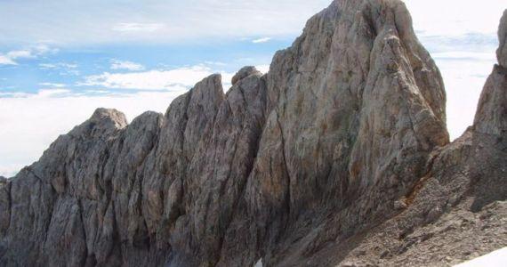 Cresteria TorreBlanca TiroTirso Llambrion Picos de Europa 16 SERAC COMPAÑÍA DE GUÍAS