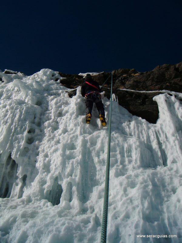 curso alpinismo 31 SERAC COMPAÑÍA DE GUÍAS