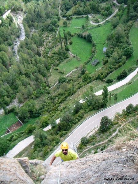 Capricornio Forronias 2 Valle Tena Pirineo SERAC COMPAÑÍA DE GUÍAS