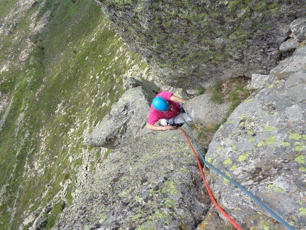 escalada Mogoteras Peñotillo Guadarrama 4 SERAC COMPAÑÍA DE GUÍAS