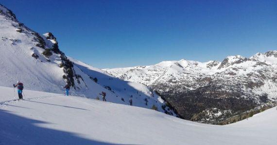 esqui de montaña SERAC COMPAÑÍA DE GUÍAS