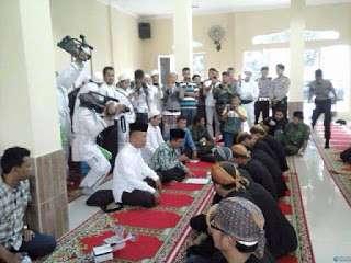 FPI Banten Berhasil Mengislamkan Kembali Pengikut Aliran Sesat Beloko Suto