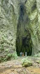 Раданова пећина