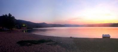 Текијско предвечерје, плажа