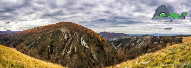 Поглед на кањон Гарлишта и Могила са Височија