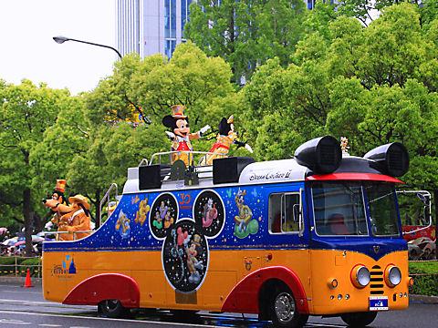 那覇大綱挽まつりディズニーパレード