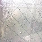 窓ガラスの結露防止対策