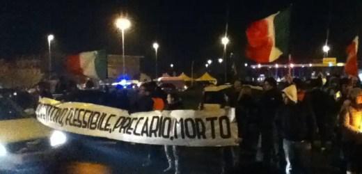 """Movimento """"9 dicembre Forconi"""" a Porto San Giorgio"""