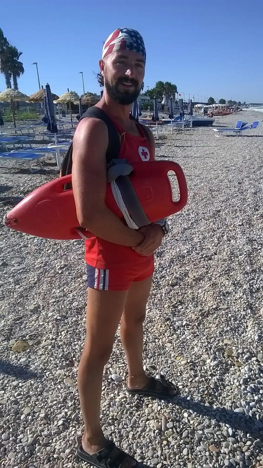 La mia esperienza di assistente bagnanti e l'amore per il mare