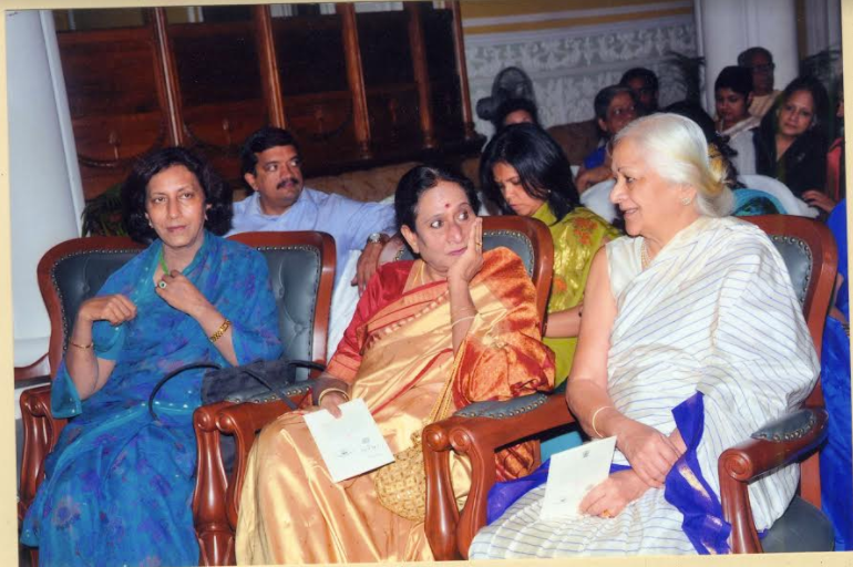 Urmila Devi with the two founder members Prema Bhakta, Vice President, and Ila Chandrasekhar, President, at the 35th Anniversary Concert by Prince Rama Varma of Travancore at the palace in Bangalore in 2010 © IMAS Archives