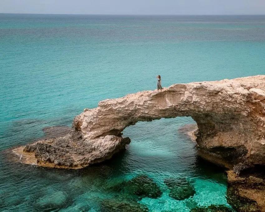 que ver en Chipre Love Bridge