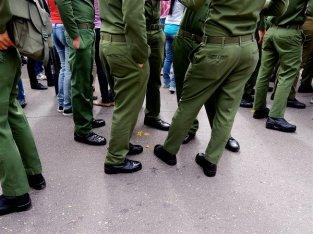 La Habana, uniformes 2013