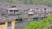 Constructions fragiles dans la baie de Baracoa