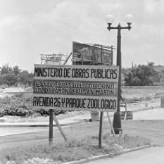 Percement de l'Avenida 26, La Havane, 1947.