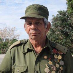 Un ancien militaire au défilé du 1er mai, Santa Clara 2012.