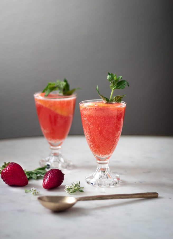Sparkling Strawberry Bourbon Lemonade