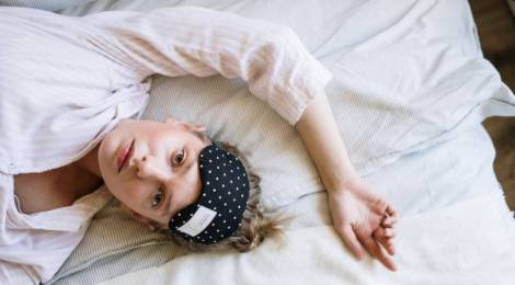 ¿Por qué dormimos menos a medida que envejecemos?