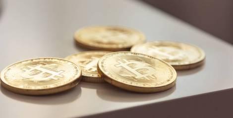 5 razones para ahorrar en bitcoins y gastar en dinero fiat