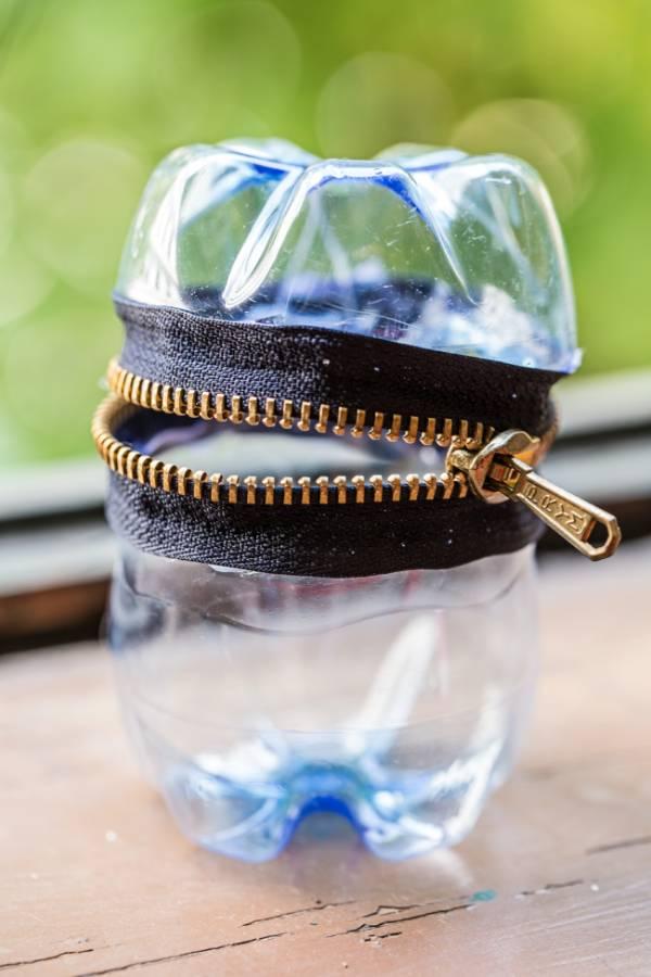 Ideas para reutilizar botellas de plástico - estuche