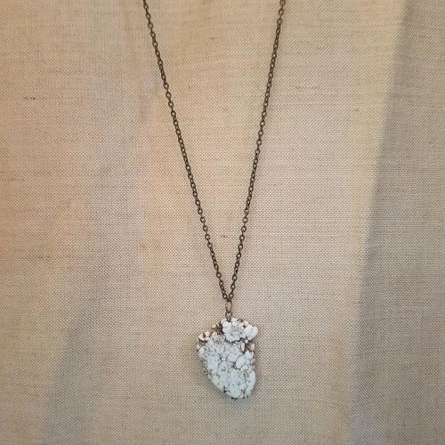 boho howlite necklace