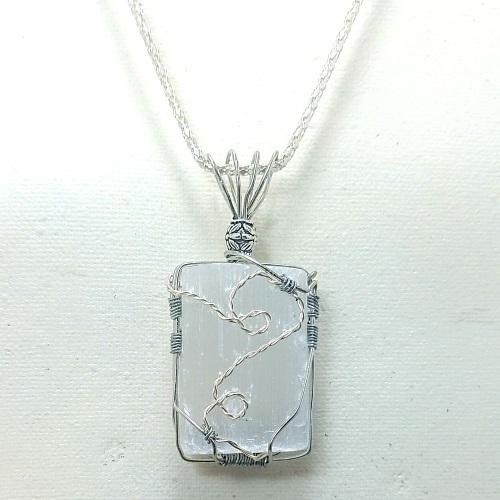 slenite necklace