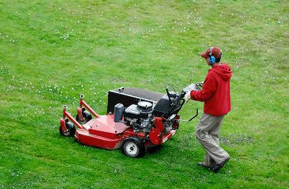 lawn mowing company buffalo minnesota