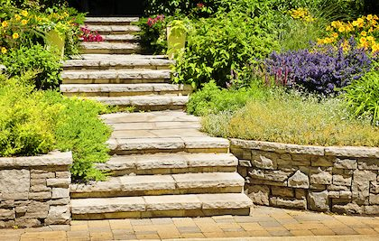 build a retaining wall