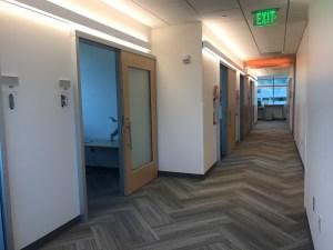 healthcare-hospitality-sliding-door-system-colorado-springs_Serenity Sliding Doors (24)