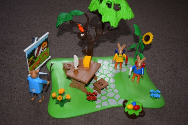 playmobil easter bunny school play set