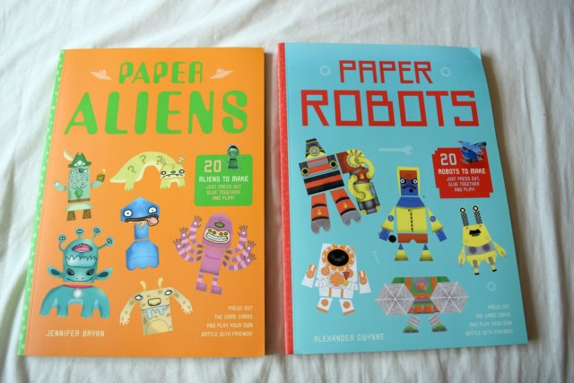 paper robots and aliens 1