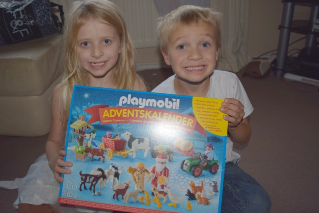 Playmobil Advent Calendar 'Christmas on the Farm' Review