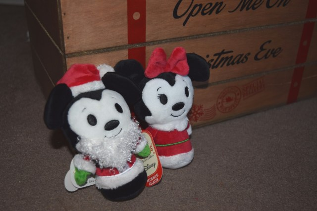 Our Traditional Christmas eve box - Mickey mouse and minnie itty bittys
