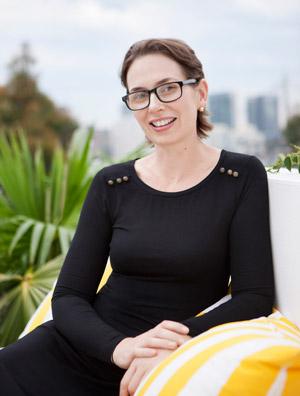 Author bio profile pic - Tracey Montford