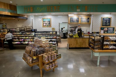 20140305_WFM_Cary_Store_Re-Opening_ORR_067-L