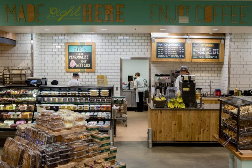 20140305_WFM_Cary_Store_Re-Opening_ORR_068-L
