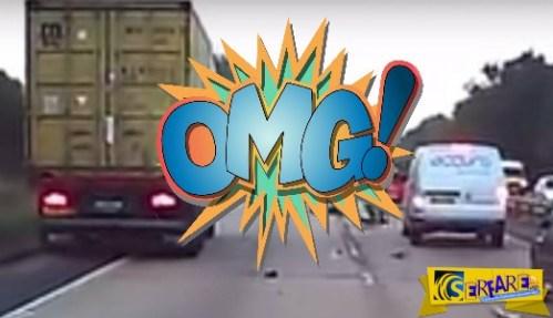 Αυτό κι αν είναι τύχη: Μηχανόβιος «καρφώνεται» σε φορτηγό και…γλιτώνει!