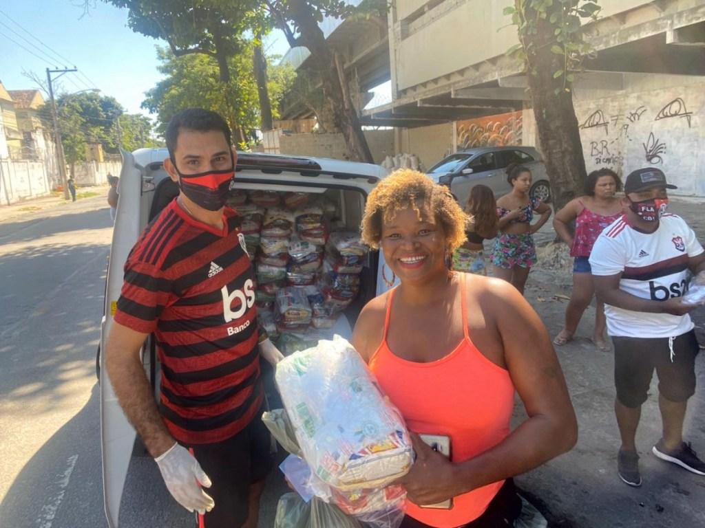 #LiveRNSolidario com canais Rubro-Negros arrecada mais de R$ 20 mil e cestas básicas são distribuídas em comunidades carentes