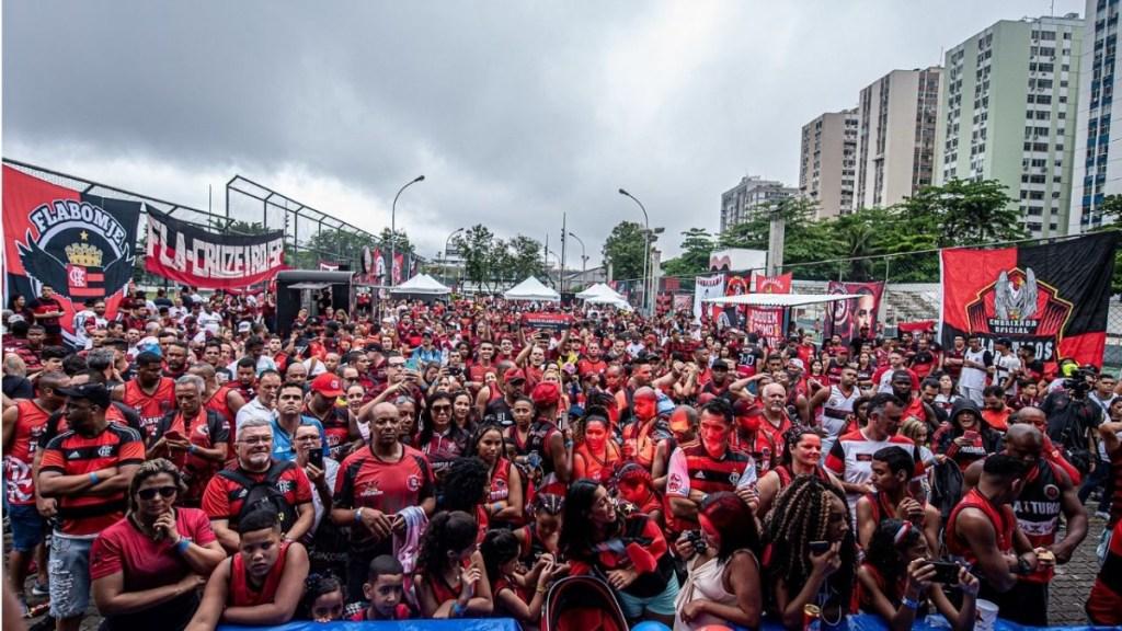 Mordaça e conivência! Flamengo aperta embaixadas, mas faz 'vista grossa' em determinados regimentos