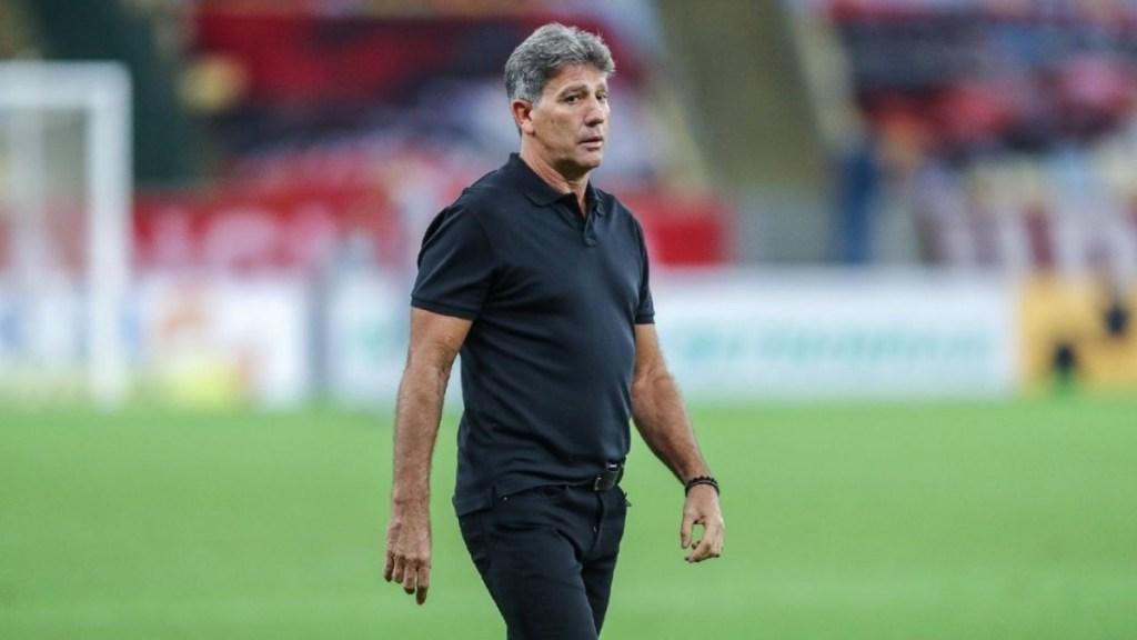 Se Rogério sem experiência na carreira está credenciado a treinar o Flamengo, por que não ter Renato Gaúcho como opção?