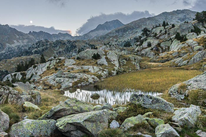 Estanh Mòrt de Colomèrs, Parque Nacional de Aigüestortes i Estany de Sant Maurici, Pirineos