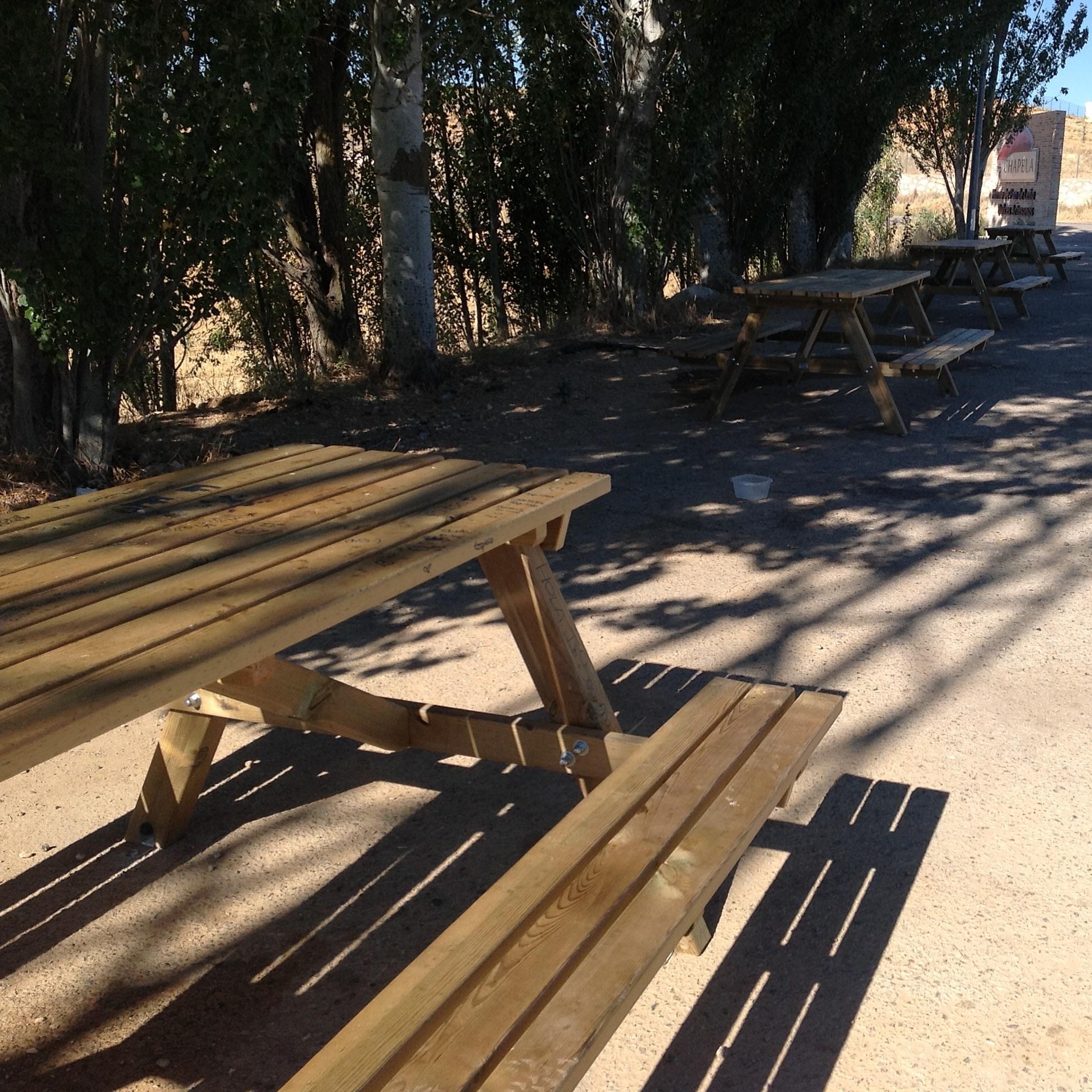 mesas de madera de campo de la marca sergin