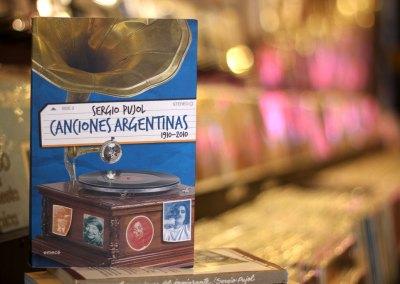 Canciones argentinas 1910-2010 (2010)