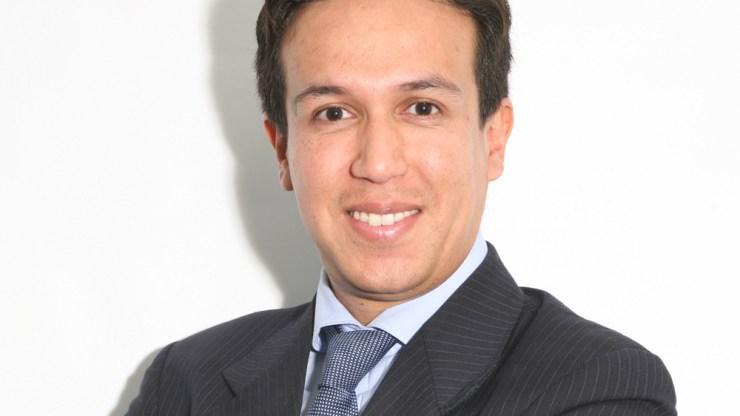 Dr. JULIÁN ÁLVAREZ