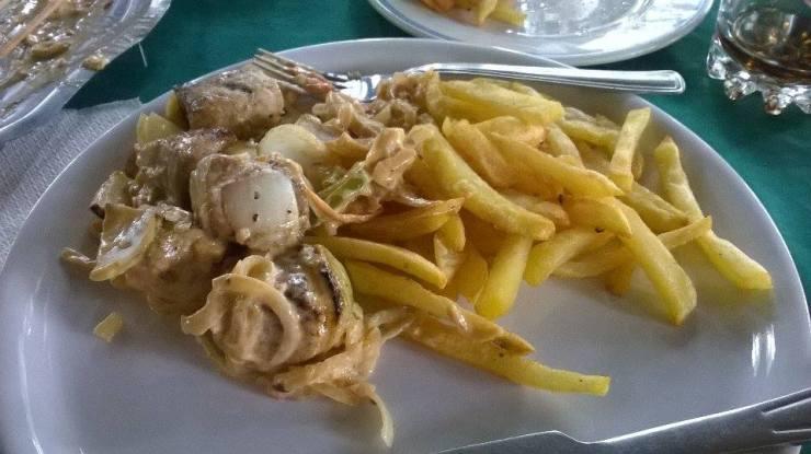 Filet de mérou frites Plage Assinie Côte d'Ivoire Jardin d'Eden Hotel