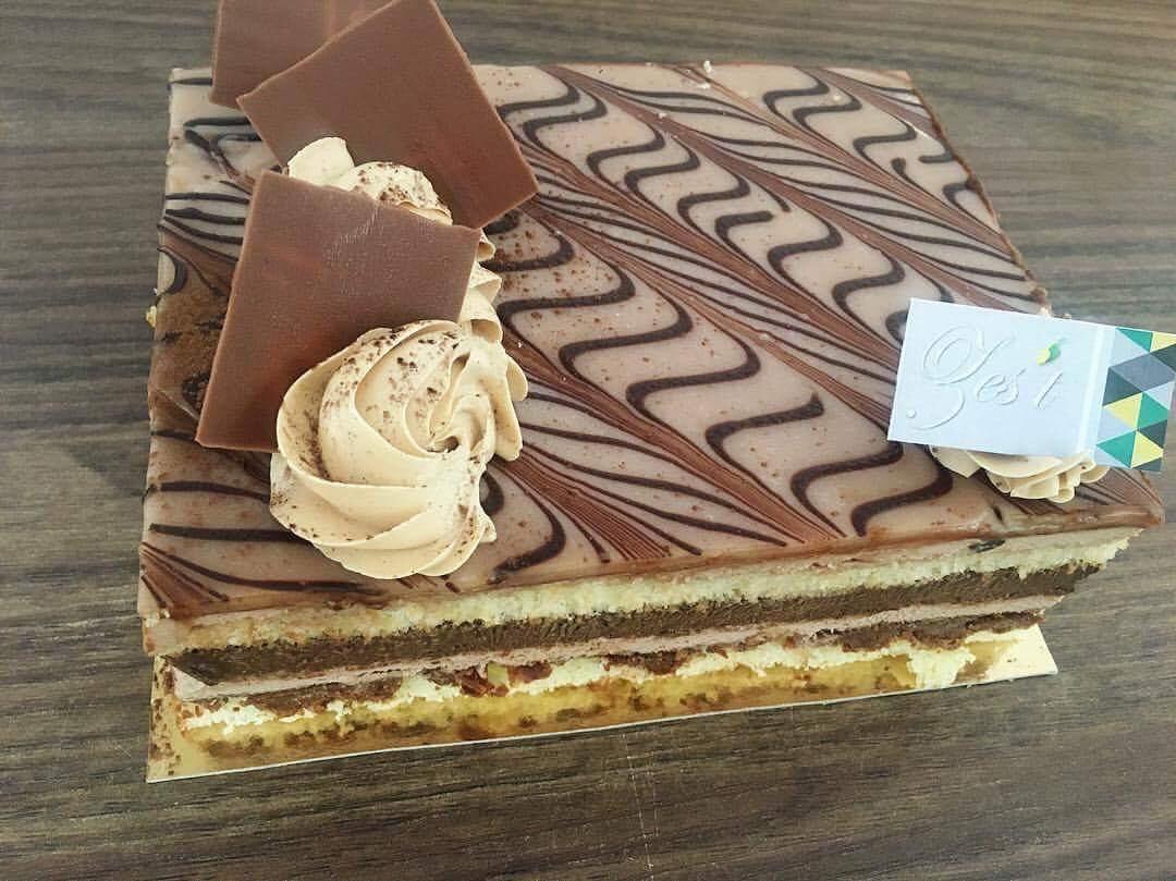 3 gâteaux d'anniversaire à moins de 25 000 FCFA sur lesquels craquer, food, foodie, SerialFoodie, review, pâtisserie, Abidjan, Côte d'Ivoire